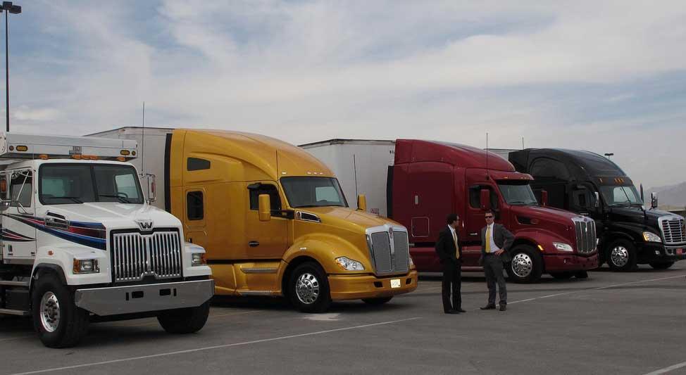 ashline-moving-trucks